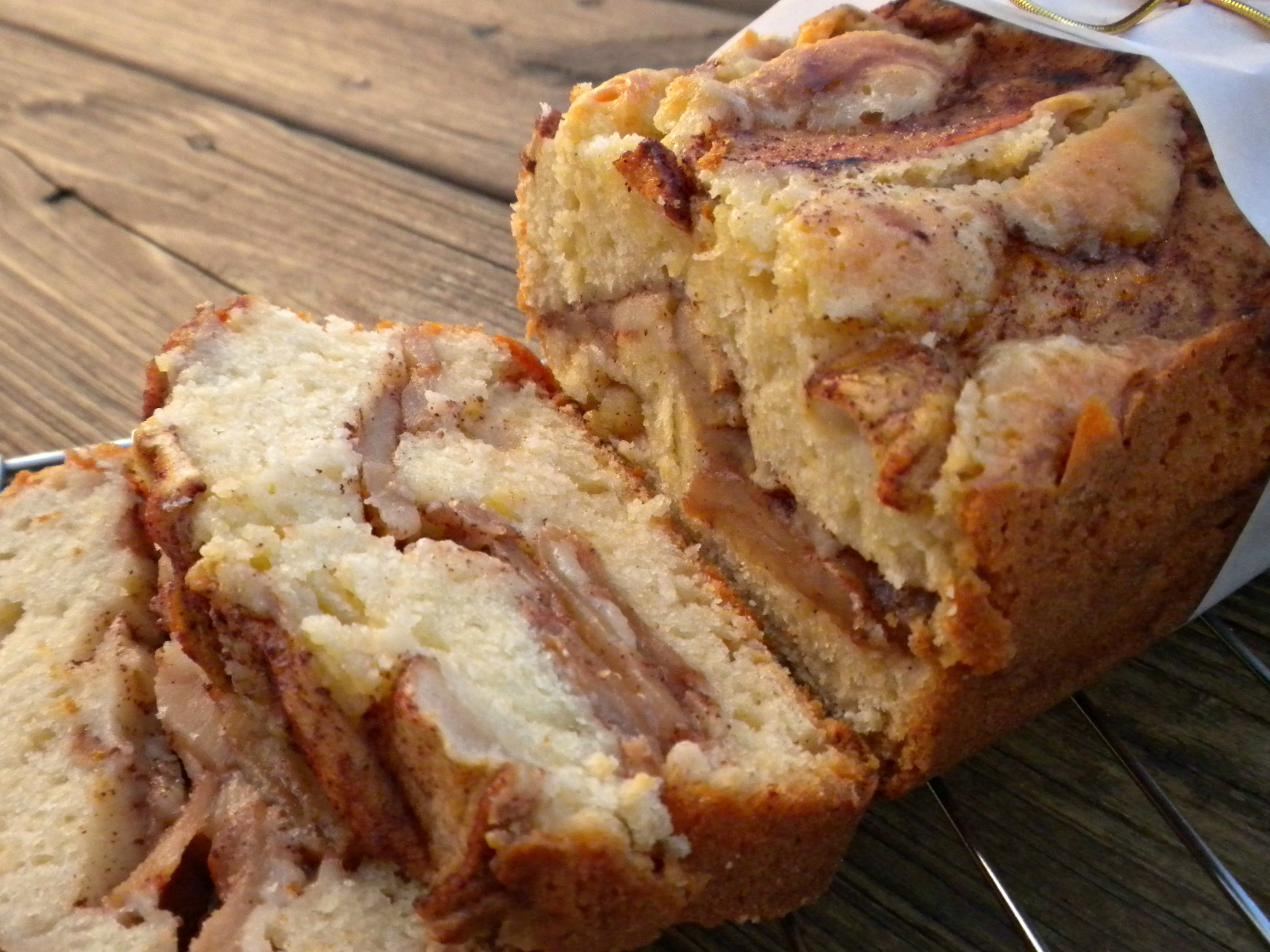 Jewish Apple Cake Muffins