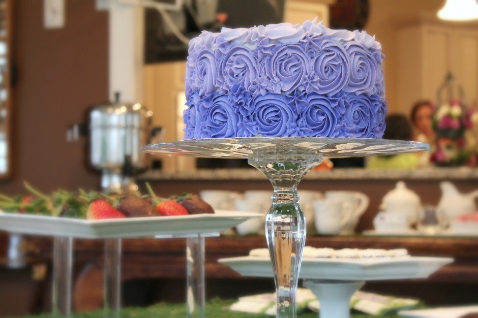 Purple Ombre Rose Cake