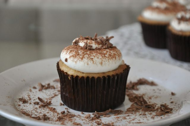 Tiramisu cupcakes: a layer of white cake followed by a layer of coffee ...