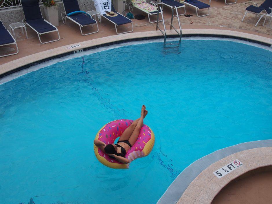 Clearwater Beach Suites pool